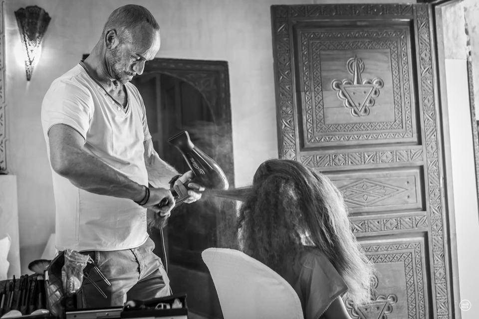 Mise à disposition d'un service coiffure et maquillage